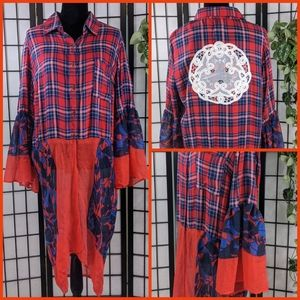Red & Blue Boutique Flannel Dress. Size Large